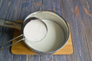 Молоко с солью