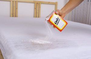 Использование соды против запаха и пятен