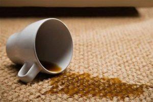 Пятна от чая на ковре