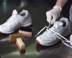Отбеливание кроссовок