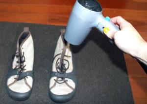 Сушка обуви феном