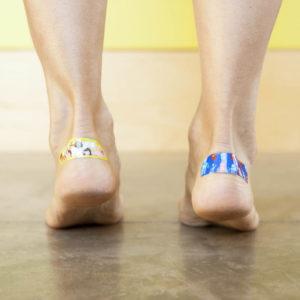 Обувь натерла кожу до мозолей