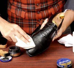 Смягчение обуви спиртом