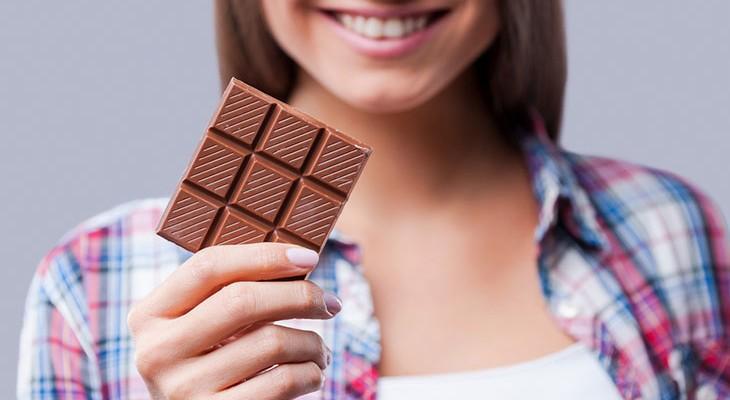 Пятна от шоколада