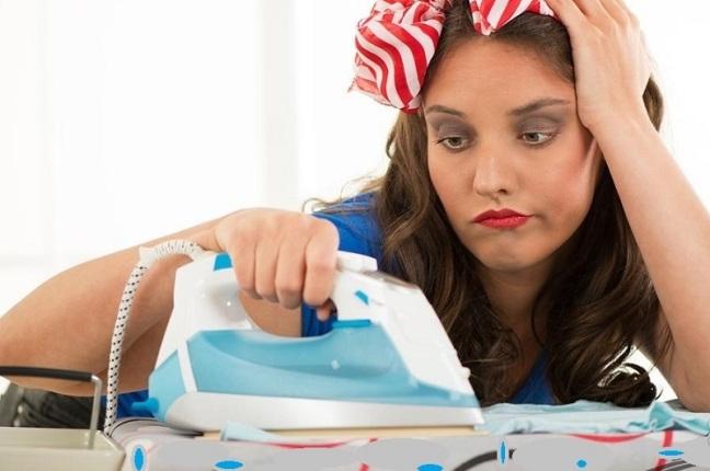 Можно быстро и качественно погладить свою одежду, не имея в наличии утюга