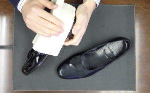 Подготовка к чистке обуви