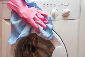 Грязная стиральная машина