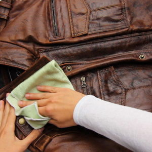 Уход за кожаными вещами