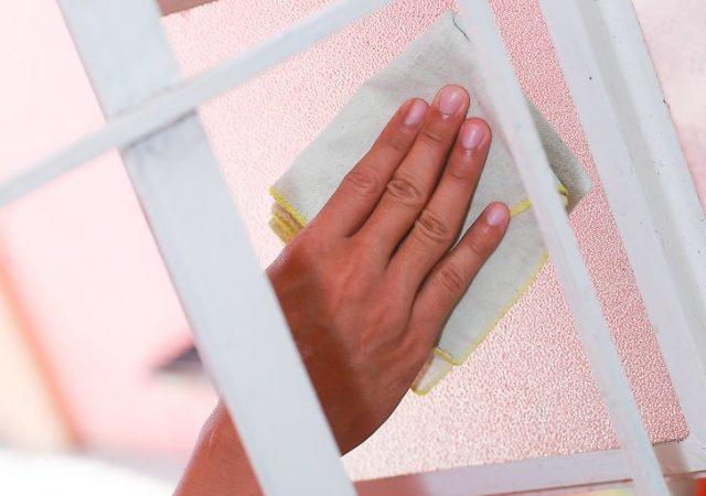 Очищение матового стекла