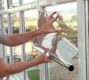 Чем заклеить окна на зиму, чтобы не дуло