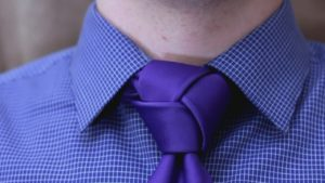 Как завязать галстук легко — пошаговый простой способ