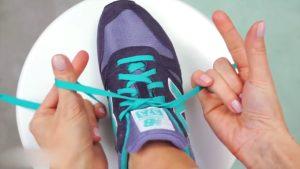 Как завязать шнурки  — схема шнуровки обуви