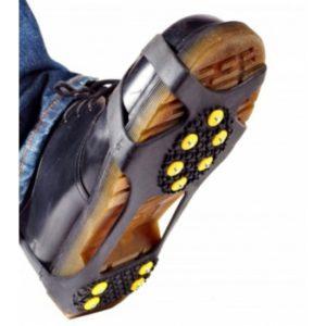 Что сделать, чтобы обувь не скользила на льду