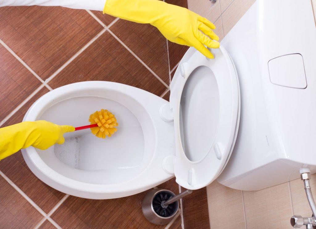 Чистота в унитазе