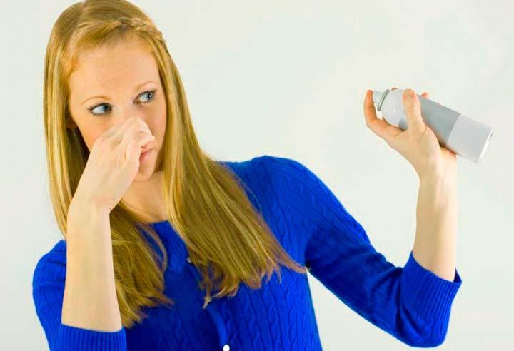 Как убрать запах в квартире народными средствами