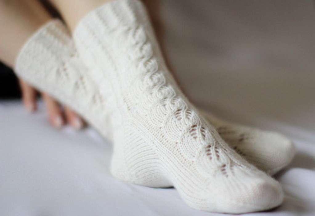 Белые шерстяные носки