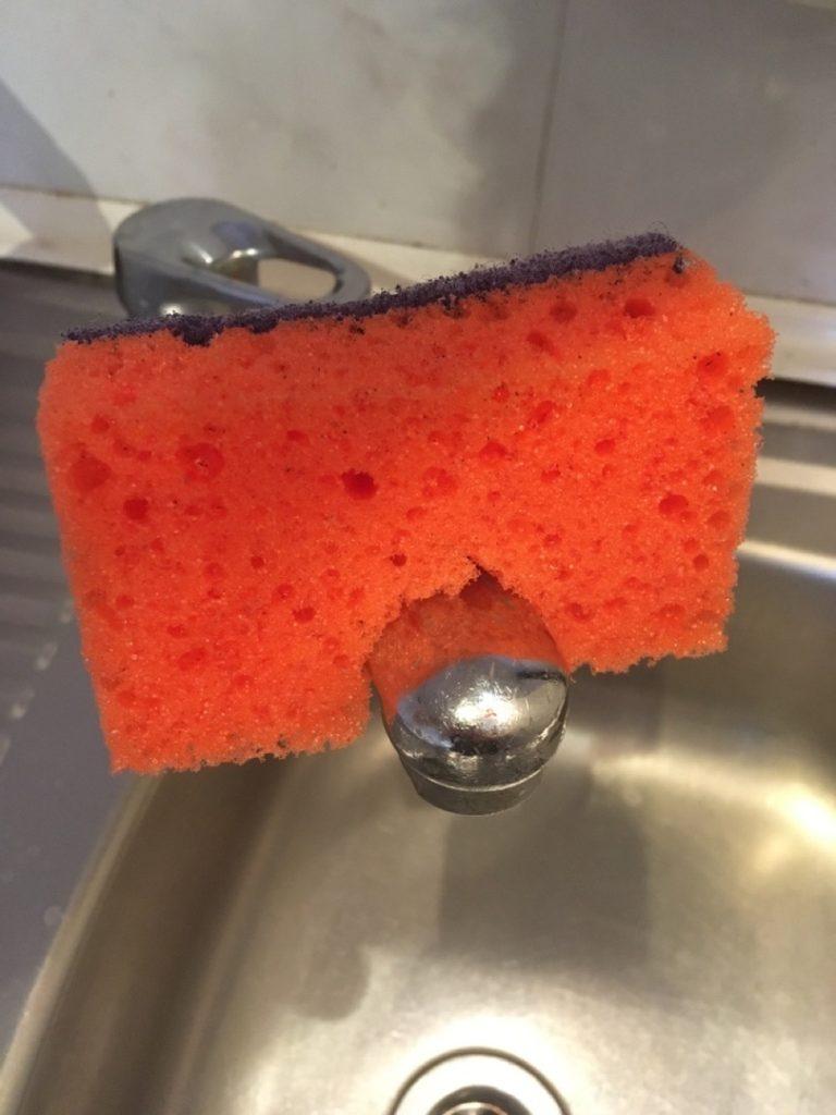 Губка для мытья посуды