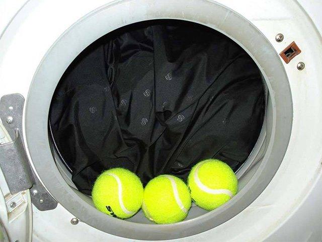 Теннисные шарики при стирке