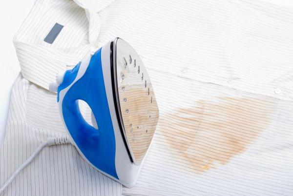 След от утюга на одежде — как убрать самостоятельно