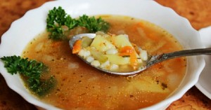 Сколько хранится суп в холодильнике: сроки и условия