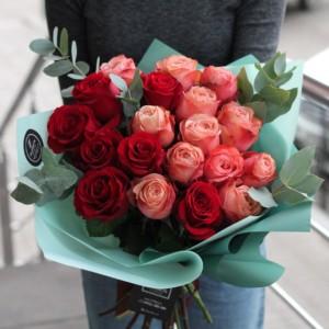 Как сохранить розы в вазе с водой подольше